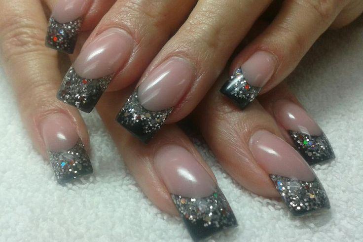 Acrylic nails by Loni