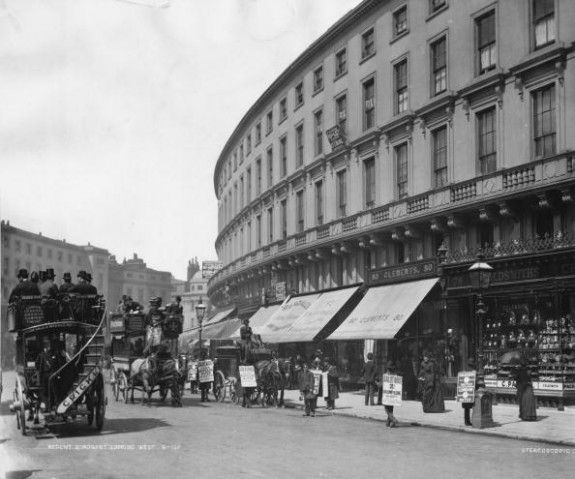 Regent Quadrant  circa 1890:  Horse drawn buses passing a group of sandwich board men down Regent Quadrant, London.  (Photo by London Stereoscopic Company/Getty Images).