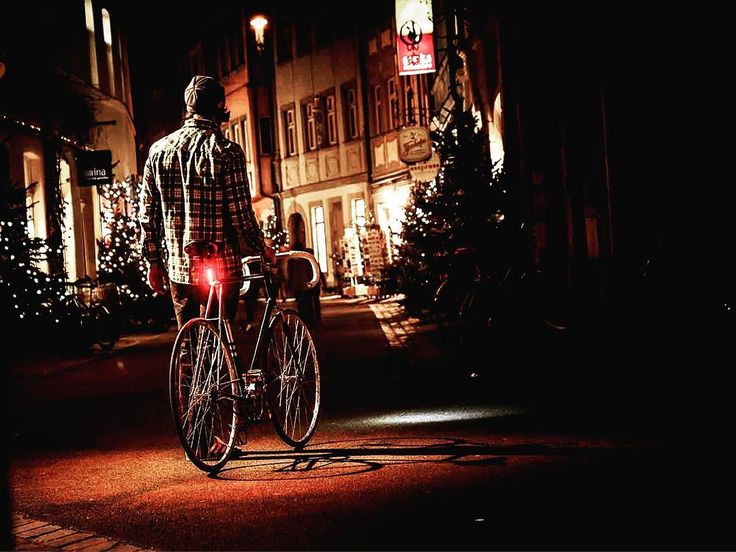 Christmas is coming! #guee #taillights #bikelights #xmas #2016 #cycling #outdoors #biking #bike #cycle #bicycle #instagram #fun