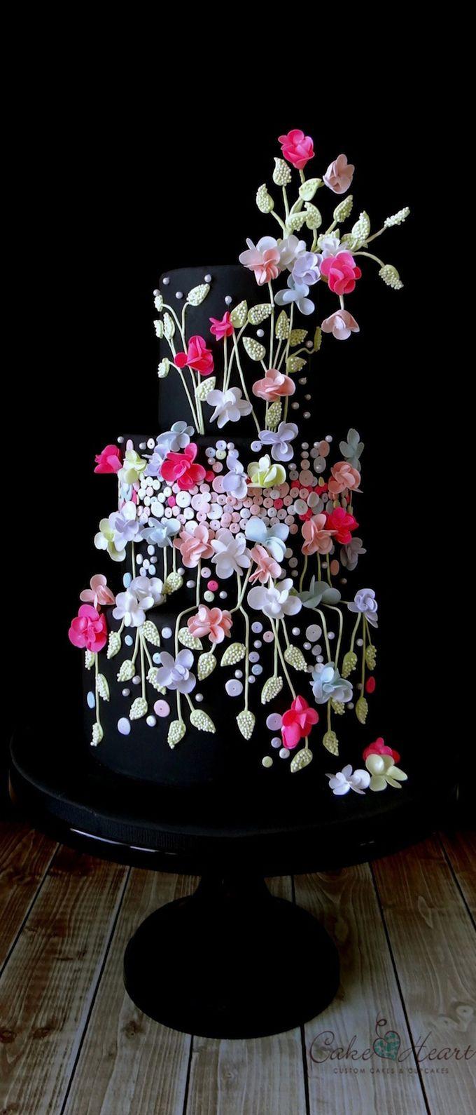 negro de la boda de la torta de la flor
