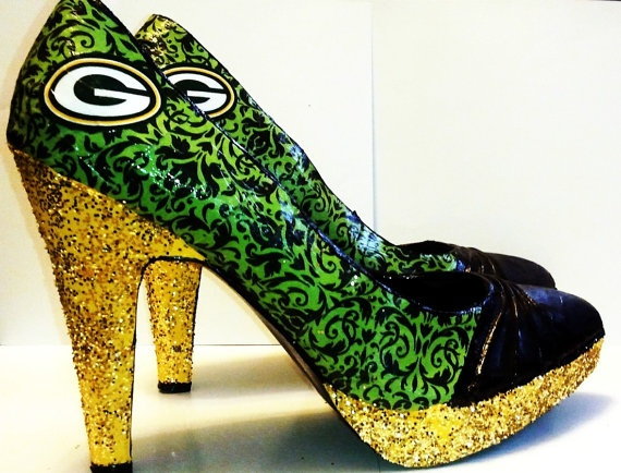 LOVE these!!! Size 9 1/2 Green Bay Packers High Heel Packers Shoe by