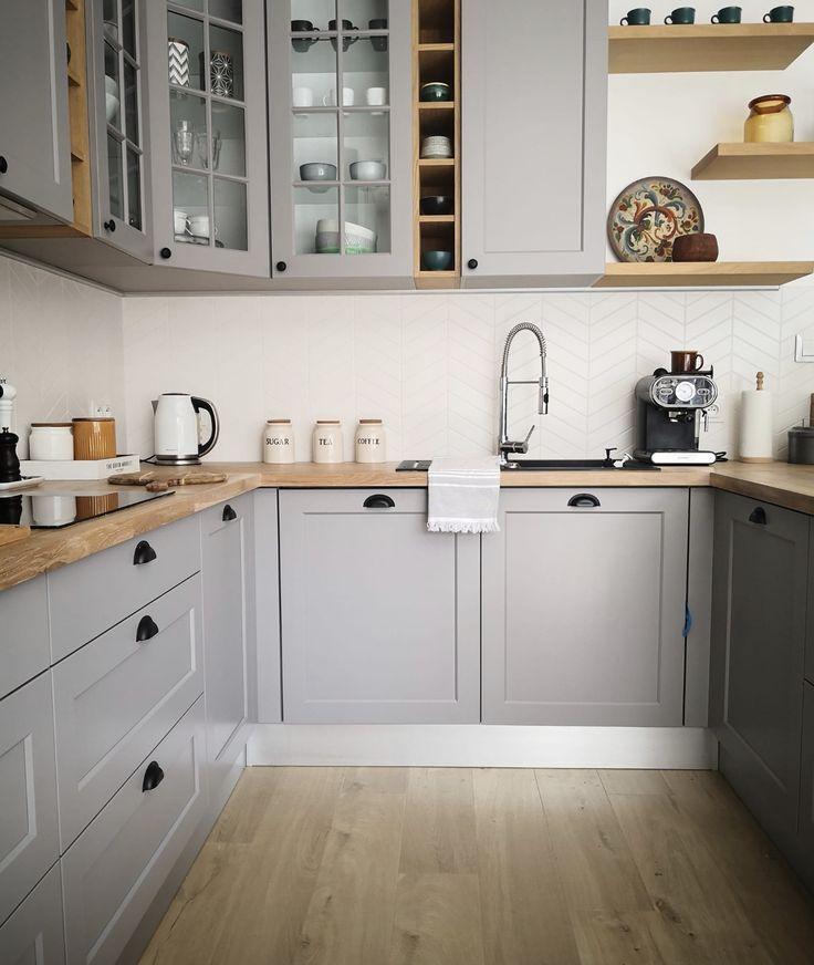 Cocina Ikea Azulejo Mate Espiga Placa Para Salpicaduras Gabinetes Grises Encim Wood Countertops Kitchen Contemporary Kitchen Cabinets Herringbone Tiles Kitchen