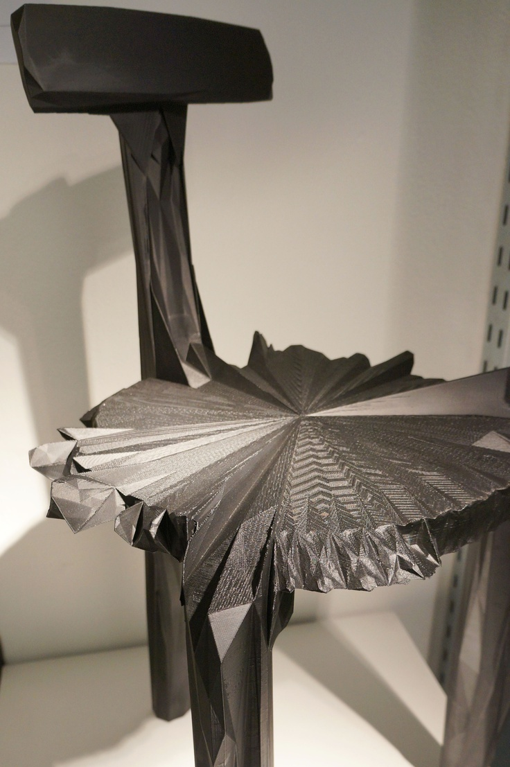 3D Printed Chair With Unusual Facetted Formlanguage From Estudio Guto Requena
