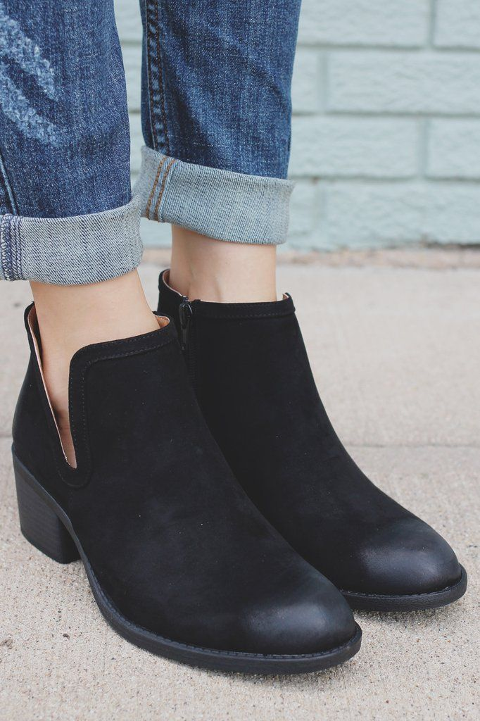 Black Round Toe Ankle Cut Out Booties Philly-09 – UOIOnline.com: Women's Clothing Boutique