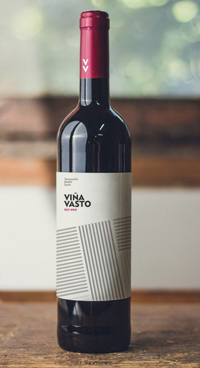 Diseño Etiqueta Vino Viña Vasta  Para el diseño de esta etiqueta se representaron los campos de las diversas variedades que componen el vino, mediante pequeñas V que recuerdan el nombre del vino Viña Vasta