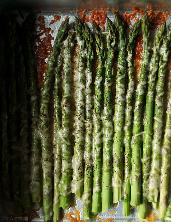 Easy Oven Roasted Parmesan Asparagus is the perfect way to prepare asparagus. | www.tryanythingonceculinary.com | #asparagus #easyvegetariansidedish
