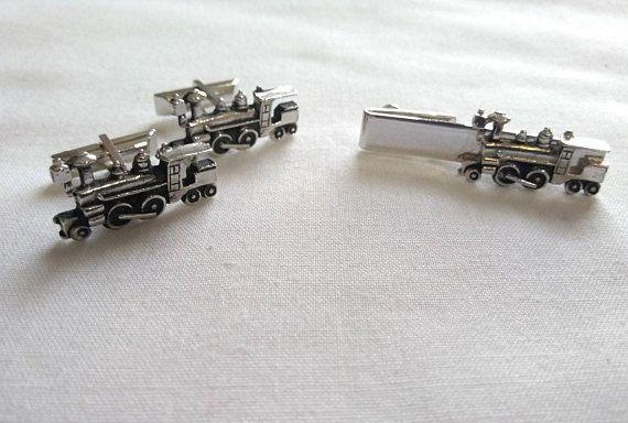 021c27fbc328 Vintage Swank Silver Tone Train Engine Cufflinks Tie Clip Bar Set, Men's  Jewelry