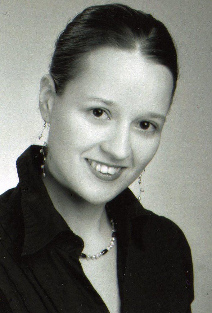 Interjú Tiszlavicz Máriával írásról, könyvkiadásról és a készülő krimijéről