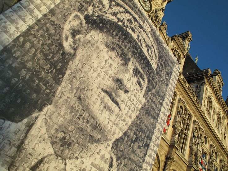 Paris, Charles de Gaulle, talk about image management, avg