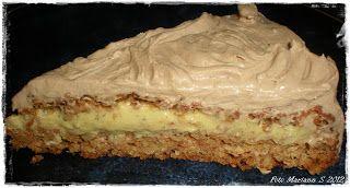 Kvardagskost og KOS med LAVKARBO: Nøttekake med vaniljekrem og sjokoladetopping - lavkarbo ♥ --- Almond cake with custard and chocolate topping --- Give me a shout if you need translation :0)