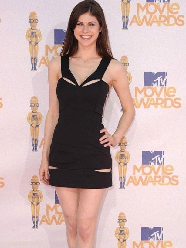 Alexandra Anna Daddario Mens Smart Casual Outfits Smart Casual Outfit Casual Outfits
