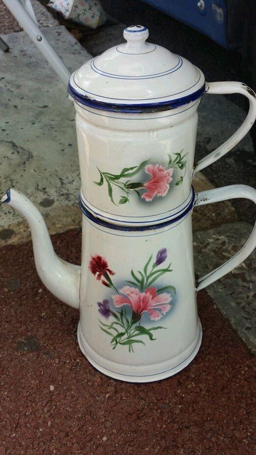 Collection ancienne Cafetiere tôle emaillée fleurs Japy