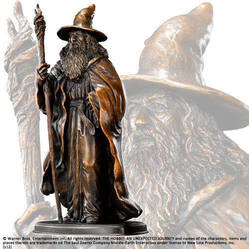 Estatua El Hobbit. Gandalf, 20 cms .Noble Collection