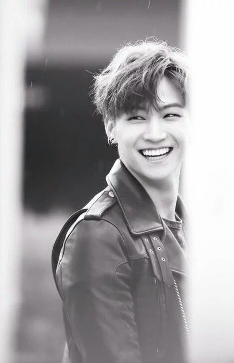 GOT7 | JB | obviously trying to murder people with that gorgeous smile                                                                                                                                                                                 Plus