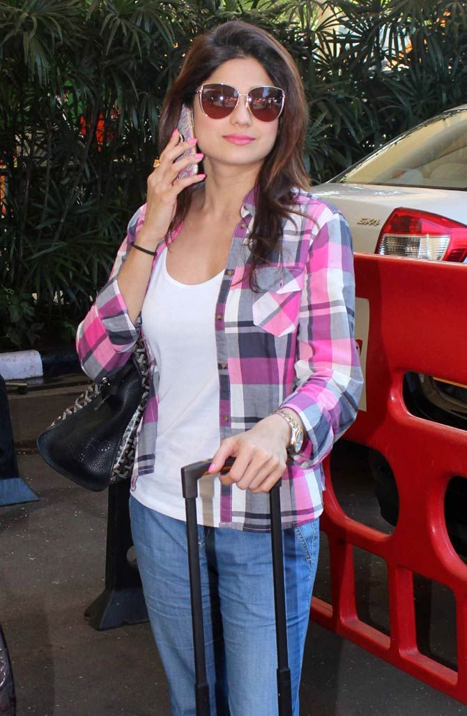 Shamita Shetty at the Mumbai airport. #Bollywood #Fashion #Style #Beauty #Sexy #Hot