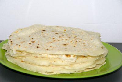 Denk je aan Mexicaans eten dan zijn de tortillas toch het eerste waar je aan denkt. Bekijk hier hoe je zelf tortilla's maakt.