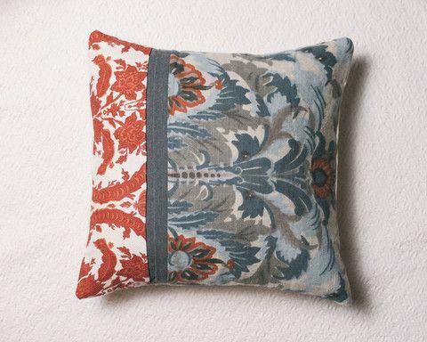 Smoke Blue Throw Pillow : Batting Design for MoPa