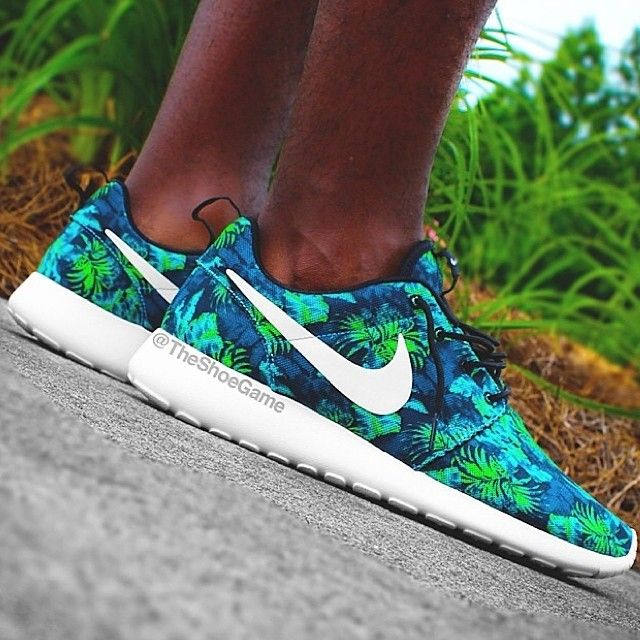 Free your run with the Nike Free running shoes. Shop the best selection of the 3.0, 4.0 5.0 .......