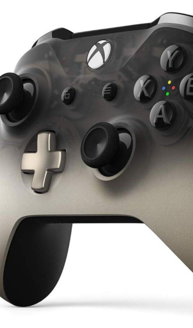 New Phantom Black Special Edition Xbox One Controller is now