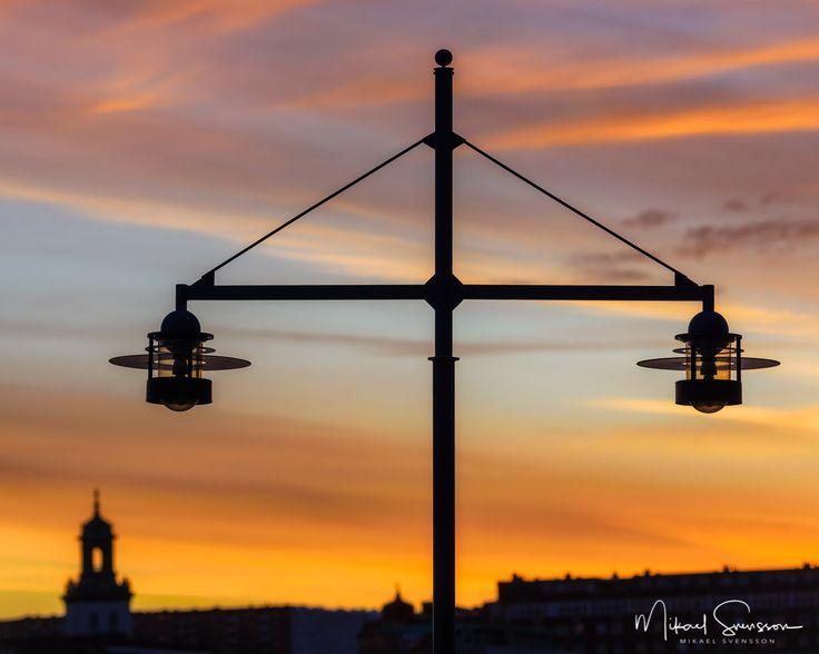 30 November 2016. Eriksberg Göteborg Sweden. #mikaelsvenssonphotography #swedenimages  #thebestofscandinavia #sweden_photolovers #ig_mood #ig_masterpiece #water_captures #visitsweden #superb_photos #nikonpro #igersgothenburg #ig_week_scandinavia #visitgothenburg #mittgöteborg #goteborgcom #sweden #eriksberg #thisisgbg #sunrise_sunsets_aroundworld #västkusten