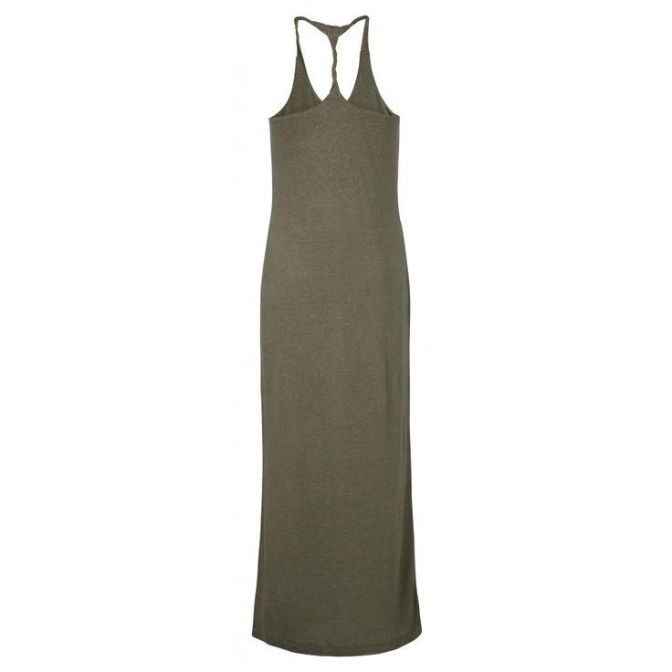 Geef jezelf een zomerse look met deze casual, comfortabele maar supervrouwelijke maxi-jurk. De jersey jurk is gemaakt van linnen en modal voor een natuurlijk en luchtig gevoel op de huid. De jurk volgt het vrouwelijk silhouette en krijgt stijl door haar eenvoud. De twee schouderbandjes komen in een speelse twist samen op de rug.