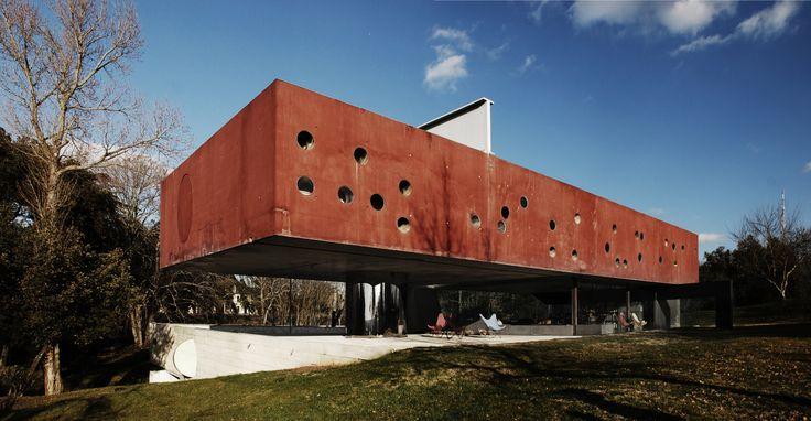 Maison bordeaux bordeaux france by rem koolhaas for Maison de l architecture bordeaux