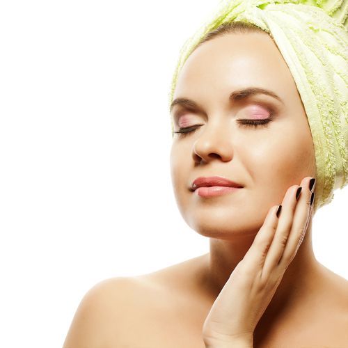 9 Tips for Gorgeous Skin WITHOUT Expensive Products by Kimberly Snyder. I'll add green juice to this list which has the most impact on my skin in regards to glow.