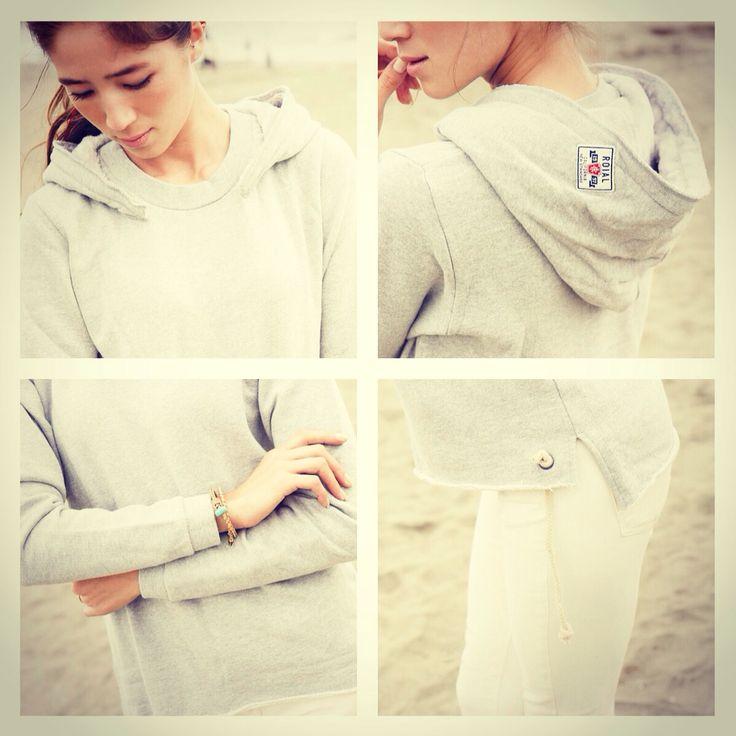 Comfy hoodie! 「ckkn x roial」2014-2015 collaboration.  http://ckkn.jp/ckkn-x-roial-2014-2015-fw/