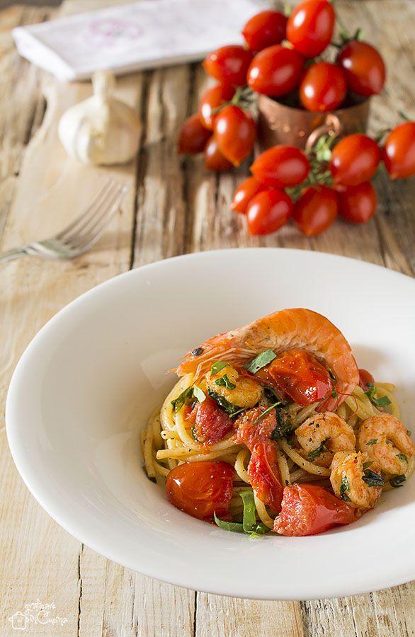 Spaghetti con mazzancolle e rucola primo piatto veloce  La #ricetta qui   http://blog.giallozafferano.it/graficareincucina/spaghetti-con-mazzancolle-e-rucola-primo-piatto-veloce/