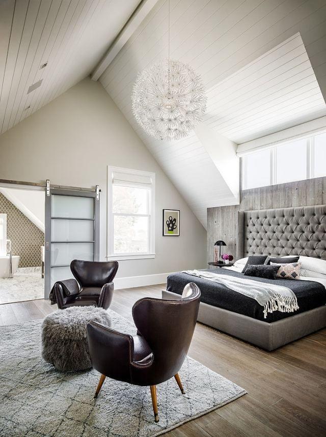 schlafzimmer dachschrge grau wei schiebetr bad - Schlafzimmer Dachschrge Grau Braun