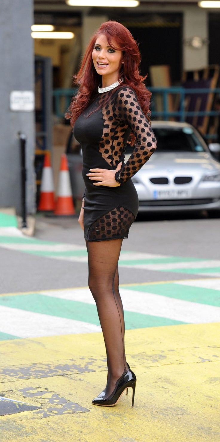 Amy Childs Celebs Amy Childs Beautiful Legs Dress Heels