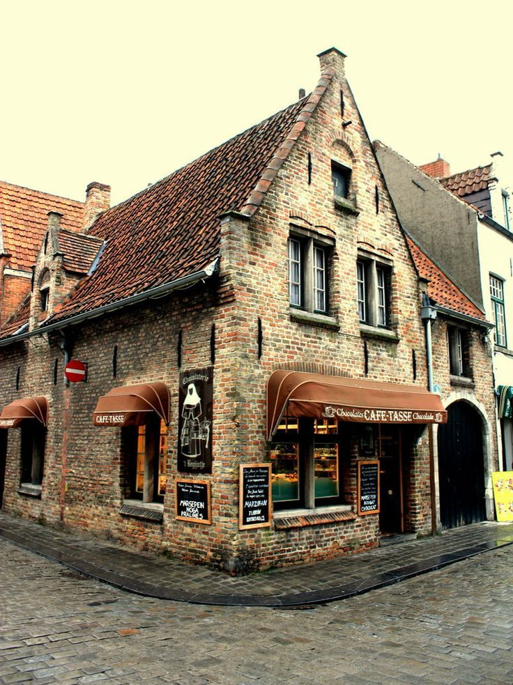 Bruges Belgium, one of the most magical places I've ever been