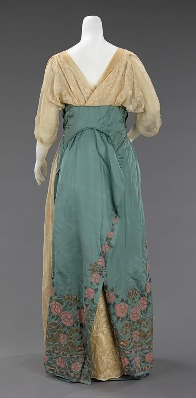 Jeanne Paquin evening dress ca. 1912 via The Costume Institute of The Metropolitan Museum of Art.