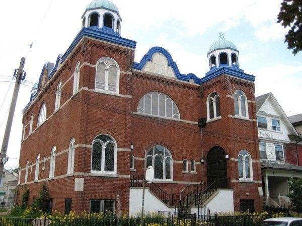 Мечеть  в  Торонто.