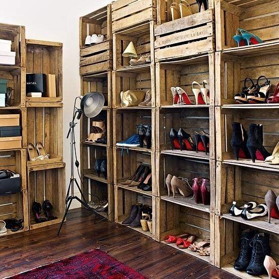 Dobrým nápadem jsou dřevěné bedničky určené ke skladování.