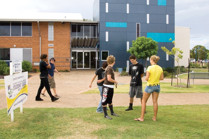 USQ Fraser Coast campus provides the ideal university environment for students seeking a balance between learning and lifestyle. Whether you are seeking a career change, formalising an existing qualification or simply pursuing a personal passion, we recognise and value each individual student's personal goals. #study #usq #beach #herveybay