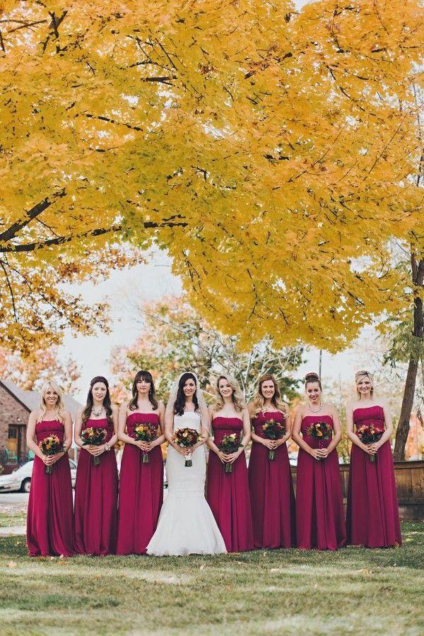 ✿♥ mariage automne ♥ mariée et demoiselles d'honneur en robe pourpre