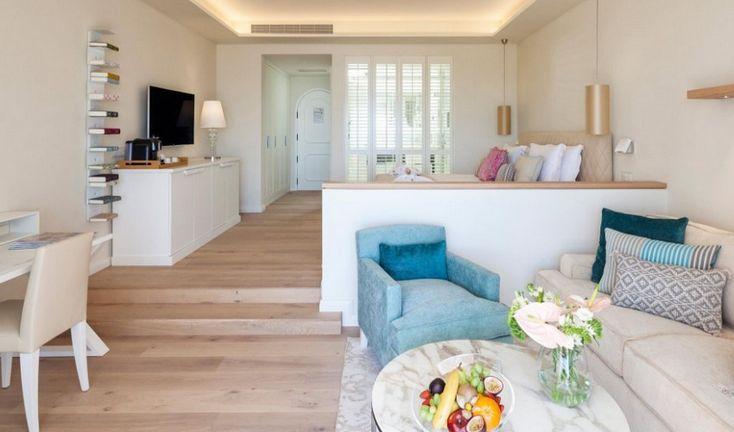 Luxury Hotels Peek Inside Vila Vita Parc / luxury hotel, hotel design, hospitality project, #hoteldesign, #luxuryhotel; #hospitality   Read article: http://hotelinteriordesigns.eu/luxury-hotels-peek-inside-vila-vita-parc/