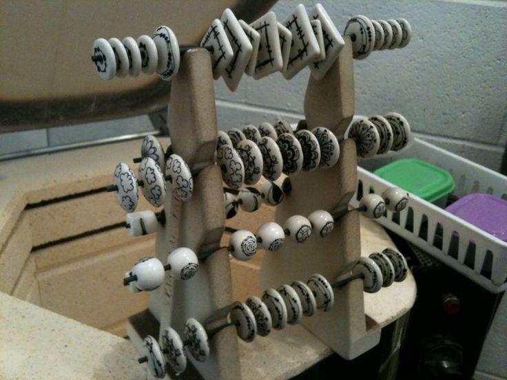 Beads of Clay Blog: Third Friday: Cone 6 Glazes - Firing Methods