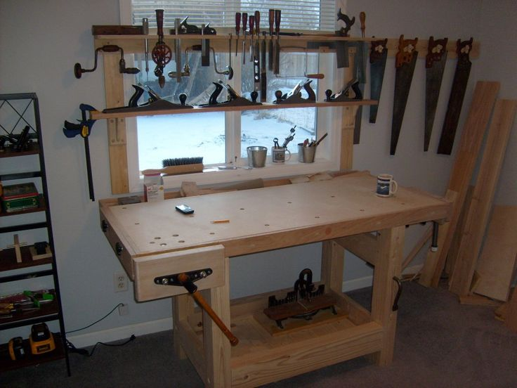 17 Best images about Workshops, Work Spaces and Workbenches on Pinterest | Woodworking workbench ...