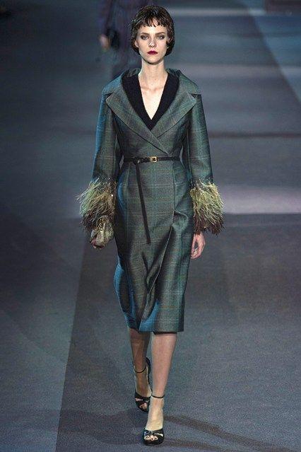 Louis Vuitton - www.vogue.co.uk/fashion/autumn-winter-2013/ready-to-wear/louis-vuitton/full-length-photos/gallery/952382