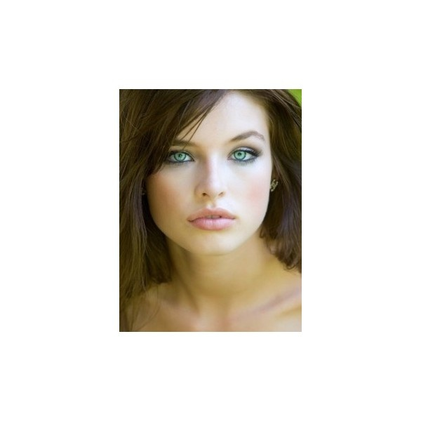 Makeup for green eyes and brown hair and fair skin