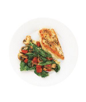 Chicken With Spinach and MushroomsChicken Recipe, Chicken Breasts, White Wines, Chicken Dinner, Boneless Skinless Chicken, Yummy Food, Mushrooms Recipe, Bell Peppers, 300 Calories