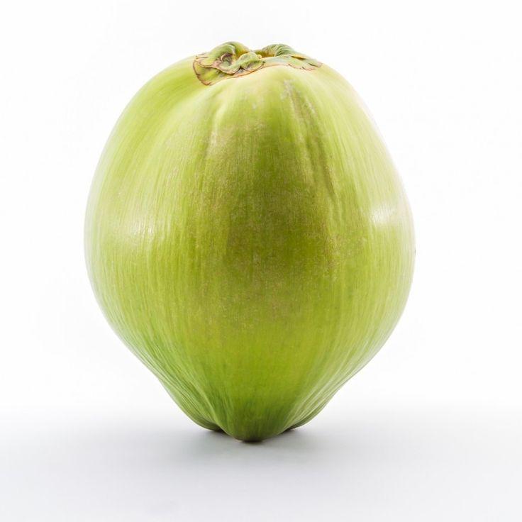 http://www.greenberry.fr/la-noix-de-coco-definition-proprietes/  La noix de coco - définition & propriétés / Histoire mondiale / intérêt santé / valeur nutritionnelles / association culinaire #farine #sablé #sablecoco #plantbasedfood #plantbasedrecipe #ethics #pastry #patisseriesaine #sansgluten #coconutflour #eatclean #onlinefood @greenberry_red