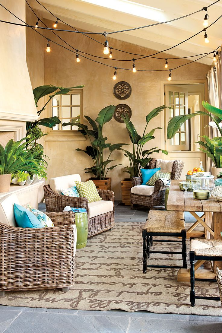 Pool patio furniture ideas - 15 Ways To Arrange Your Porch Florida Decorating Ideassunroom