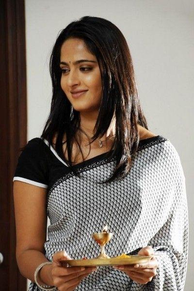 Anushka Shetty new images | Photo 20of 41 | AnushkaHotSareeStills-22 | Anushka Shetty saree stills