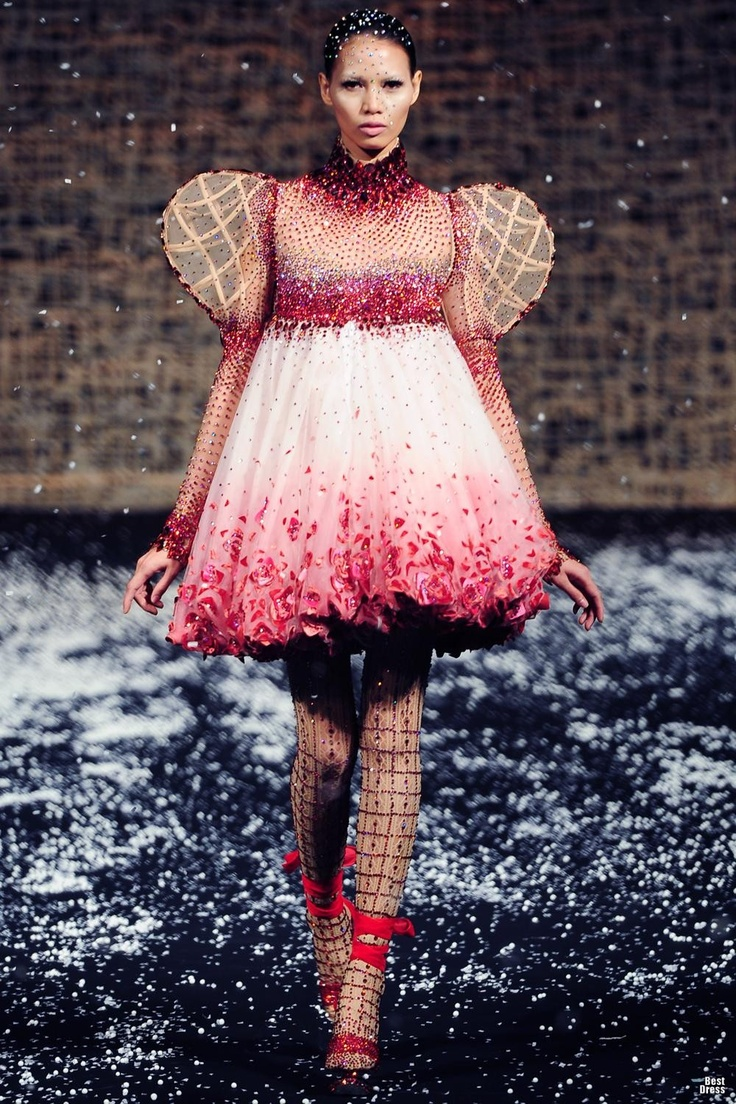 Mejores 72 imágenes de Fashion: Michael Cinco en Pinterest | Alta ...