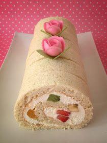 Little Cake House: Vanilla Chiffon Swiss Rolls