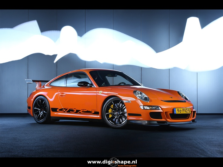 Porsche 997 GT3 RS, lightpainted.