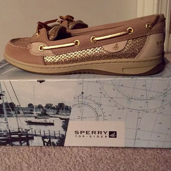 Sperry Angelfish Gold Glitter Boat Shoes Sperry Top-Sider Women's Angelfish Boat Shoe Linen Gold Glitter, new in box! Rust proof eyelets, stain and water resistant leather, and molded cushion midsole designed for long wearing! Open to offers!❤️ Sperry Top-Sider Shoes Flats & Loafers